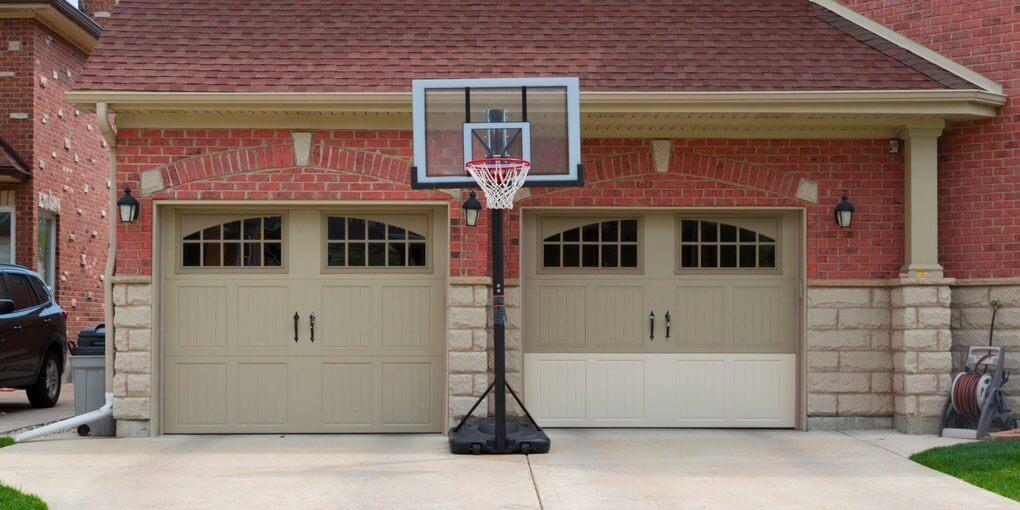 Best Portable Basketball Hoop in 2020 - Spalding, Lifetime ...